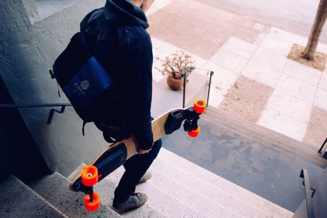 boosted dual electric skateboard review