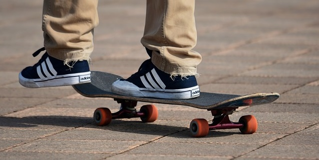 Best Shoes for Longboarding - Review